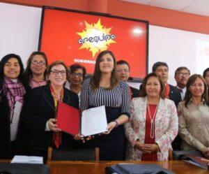 """VIDEO. Ministra de la Mujer: """"El Perú es el tercer país del mundo con mayor violencia contra la mujer"""""""