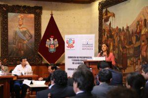 Gobernadora sustentó presupuesto regional ante Comisión de Presupuesto del Congreso