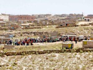 Pobladores APIPA protestan por promesas incumplidas alcalde Cerro Colorado