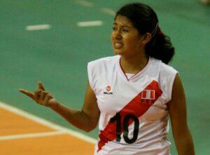 Joven voleibolista arequipeña es elegida como nueva presidenta de la Federación Peruana de Voley