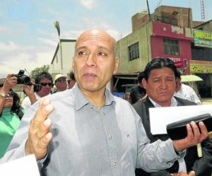 Vecinos afectados por obras de la Variante se quejan al Gobierno Regional
