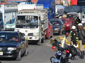 Conductores serán multados si no respetan vías alternas en la variante de Uchumayo