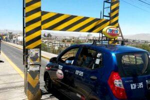 Caos vehicular por restricción de vehículos en el puente Fierro