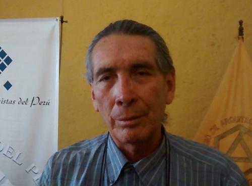 Arquitecto Manuel Chacón Villalba, de la Sociedad de Urbanistas del Perú.