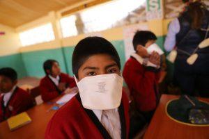 Envían mascarillas para proteger a población de gases emitidos por el Sabancaya