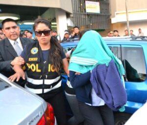 Detienen a funcionaria de Sunat quien pidió un soborno de 15 mil soles a empresario