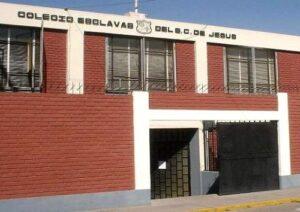 Colegio Esclavas retira sanción de expulsión a alumnas que intentaron suicidarse