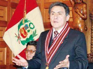 Valdemar Medina es destituido de la UNSA por irregularidades en su gestión como rector