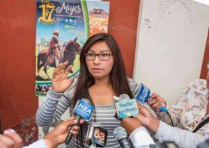"""Alcaldesa de Ichupampa: """"Sólo han puesto la primera piedra en nuestro distrito"""""""