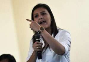 Este lunes vence plazo otorgado por Yamila Osorio para que Contralor se rectifique