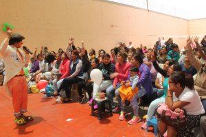 Comité de damas del PJ llevó show a hijos de internas del penal