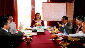 Ministro de Agricultura propone construir represa en Peña Negra para valle de Tambo