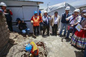 Entregarán bonos de vivienda a familias damnificadas por sismo en Caylloma