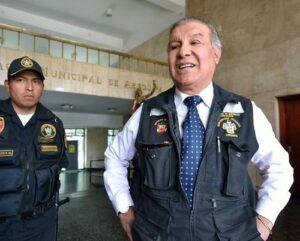 Alcalde suspende a Marcos Hinojosa por caso de 18 motos de Serenazgo