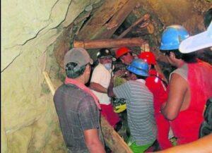 Pierden comunicación con 7 mineros atrapados en Caravelí