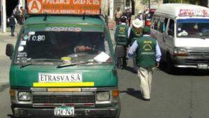 Internan unidades de transporte público en operativos de la Municipalidad