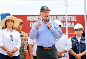 PPK en Cocachacra anuncia obras y evita hablar de Tía María