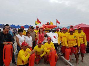 Gobierno Regional entregó equipos a Policía de Salvataje en Camaná