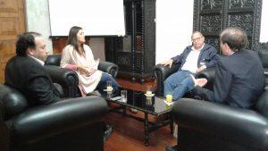 Ministro de Energía y Minas se reunió con autoridades de la ciudad por gasoducto