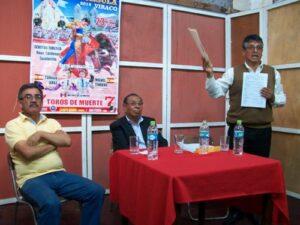 Alcalde de Viraco se habría quedado con 50 mil soles de fiesta taurina
