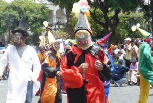 «Corso de las Flores» se desarrolla este sábado por carnaval