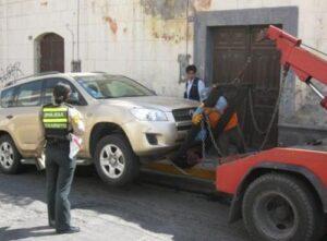 Vehículos internados por Municipalidad fueron encontrados desmantelados