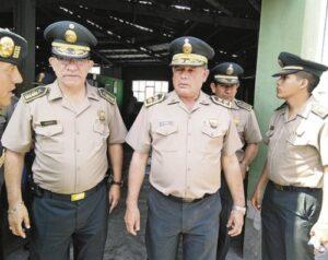 Nuevos comandantes y mayores asumen cargos en Arequipa
