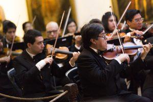 Solistas en clarinete y viola en concierto  de la Sinfónica