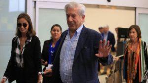ACT. Mario Vargas Llosa llega este martes a Arequipa para celebrar sus 81 años