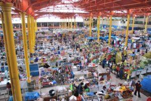 Se inició saneamiento del mercado San Camilo para proceder a su venta