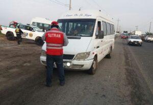 Intervienen tres vehículos durante operativo de transporte informal