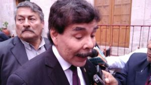Alfredo Zegarra: S/ 500 millones costaría arreglar alcantarillado de la ciudad