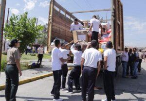Congresistas Arequipa recogieron 50 toneladas de ayuda para damnificados
