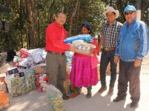 Corte lleva 2 toneladas de donaciones para damnificados de la región