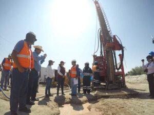 Instalan pozos tubulares para reducir deslizamientos por filtraciones en Siguas