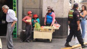 """MPA pide """"represión con criterio"""" a Policía Municipal para lidiar con ambulantes"""