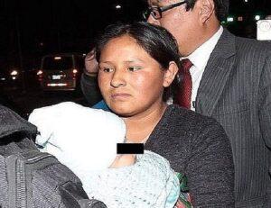 Doce meses de suspension para obstetra responsable de cambio de bebés