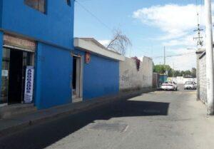 Encapuchados asaltan con armas cabina de internet en el centro histórico