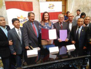 """Yamila Osorio: """"pago de deuda social de maestros es discriminatoria"""""""