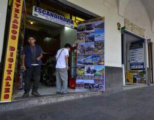 Intervienen tres agencias de turismo en Centro Histórico por informalidad