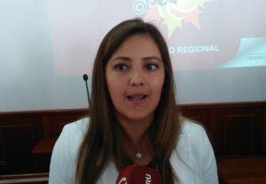 """Gobernadora regional atribuye cuestionamientos a """"enemigos políticos"""""""