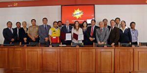 Forman comité para garantizar plazos en construcción colegios emblemáticos