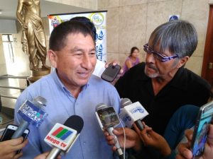 """Alcalde de Pisco: """"Nosotros nos dormimos, en vez de patentar nuestros productos"""""""