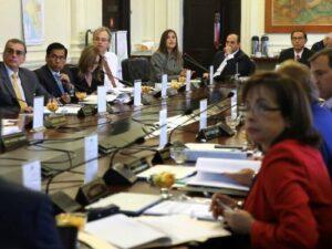 Gobierno otorgará fondos y culminará carretera Vizcachani-Sibayo