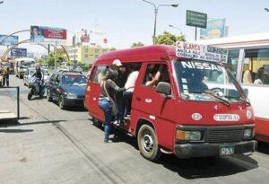 Provincial inicia operativos contra combis no incluidas en el SIT