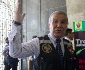 Marcos Hinojosa: yo soy un funcionario de tercer nivel