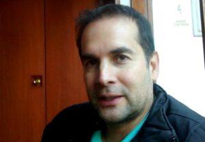 Javier Echevarría presenta unipersonal en Arequipa