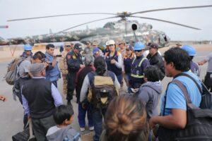 Unos 500 pasajeros aun continuaban varados en la vía Panamericana Sur