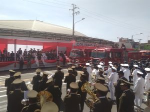 FOTOS. Cuatro horas de Desfile Cívico – Militar en la avenida Independencia