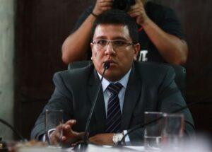 Consejero Chang venció a Edwin Martínez en elecciones de Acción Popular